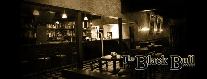 The Black Bull Tavern is one of Locais curtidos por Alex.