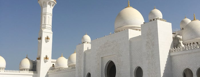Sheikh Zayed Grand Mosque is one of Tempat yang Disukai Jus.