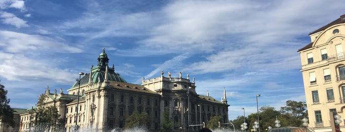 Karlsplatz (Stachus) is one of Tempat yang Disukai Jus.