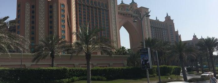 Atlantis The Palm is one of Tempat yang Disukai Jus.