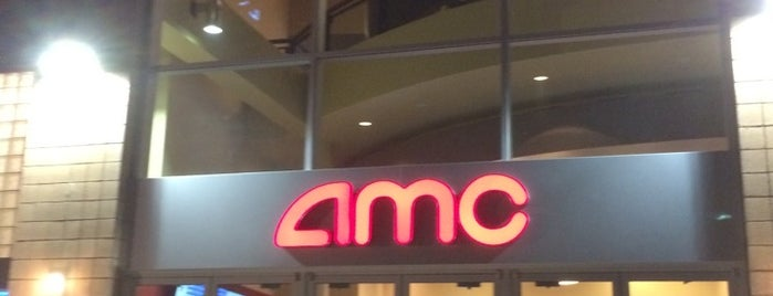 AMC Centerpoint 11 is one of Lugares favoritos de Andy.