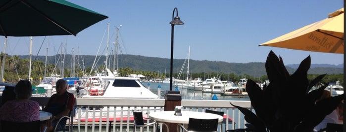 Marina View Cafe is one of Lieux qui ont plu à Matthew.