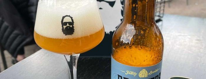 Alberts Eten & Drinken is one of Amsterdam.
