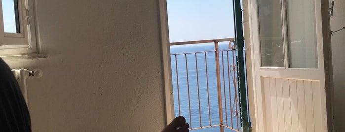 Hotel Arpaiu is one of Ozge'nin Beğendiği Mekanlar.