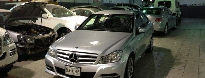Mercedes-Benz is one of Posti che sono piaciuti a David.