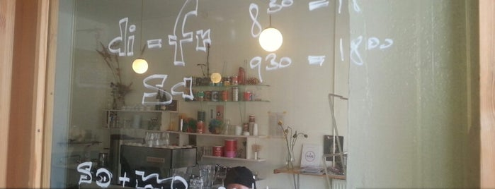 Cafe Sgaminegg is one of Tempat yang Disimpan Stil in Berlin.