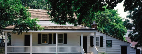 Edgar Allan Poe Cottage is one of Astounding Museum Facts.