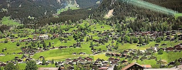 Station Grindelwald Grund is one of Lugares favoritos de Giovanna.