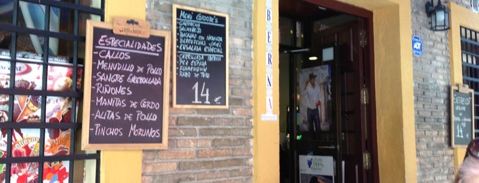 Los Tres Califas Taberna is one of Favorite Great Spain.