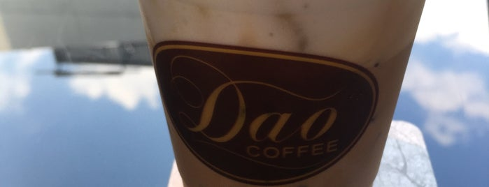 Dao Coffee is one of Locais curtidos por Chuck.