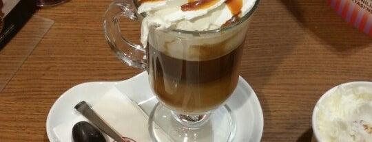 Kahve Dünyası is one of Kübraさんのお気に入りスポット.