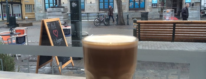 Dromedar Kaffebar is one of Posti che sono piaciuti a Nikolas.