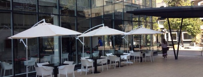 Prestige Cafe is one of Lugares favoritos de Ingrid.