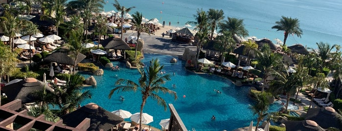 Club Millesime Lounge at Sofitel Dubai Jumeirah Beach is one of Linet's Liked Places.