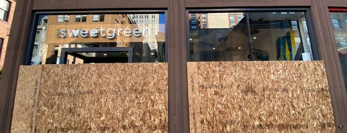 sweetgreen is one of Lieux qui ont plu à Corey.
