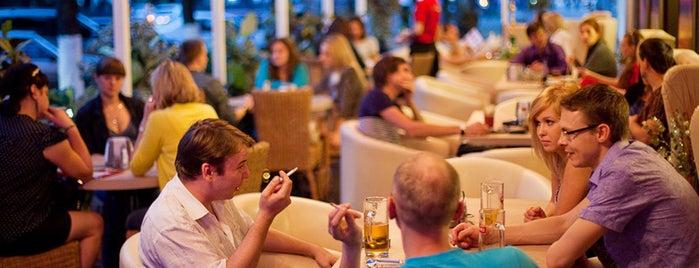 MesTo Bar&Grill is one of Club, restaurant, cafe, pizzeria, bar, pub, sushi.