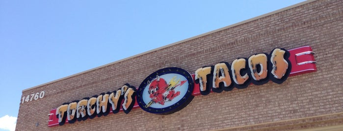 Torchy's Tacos is one of Lugares favoritos de Katherine.