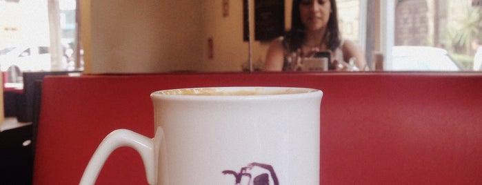 Café Bolshoi is one of Café / Té / Repostería.