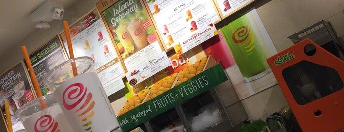Jamba Juice is one of Orte, die Bayana gefallen.