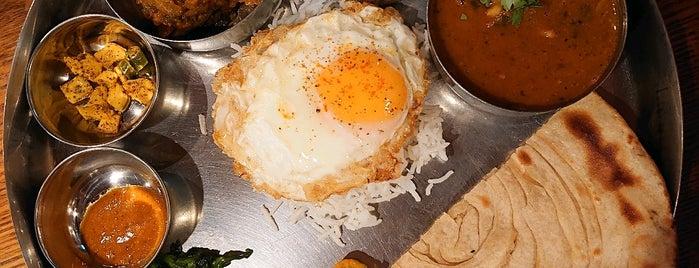 ネパール&インド料理 マナカマナ Manakamana is one of สถานที่ที่ la_glycine ถูกใจ.