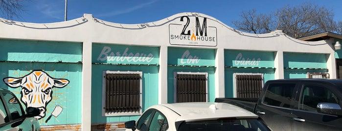 2M Smokehouse is one of The Dog's Bollocks' San Antonio.