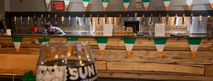 Sun King Tap Room and Small-Batch Brewery is one of Tempat yang Disukai Cole.