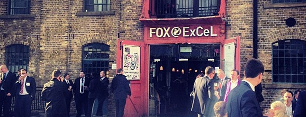 Fox is one of Lieux qui ont plu à Okan.