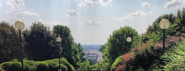 Parc de Belleville is one of Guide to the best spots in Paris.