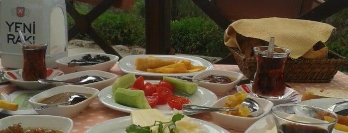 Sky Aşiyan Cafe Bar is one of Lugares favoritos de Gülcan.