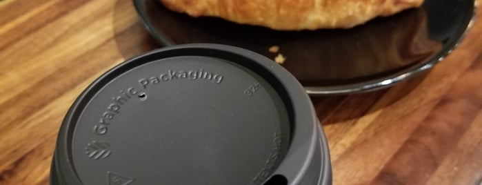 Black Press Coffee is one of สถานที่ที่ andra ถูกใจ.