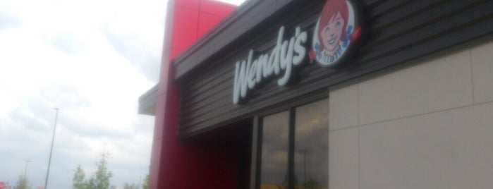 Wendy's is one of Tempat yang Disukai Emilio.