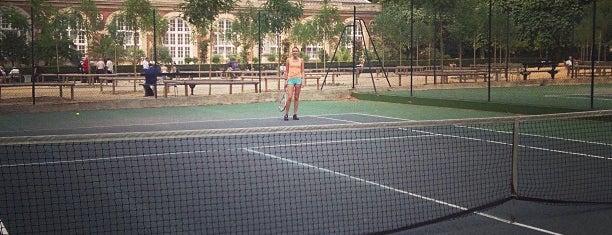 """Tennis du Jardin du Luxembourg is one of Le parcours """"Pass Jeunes""""."""