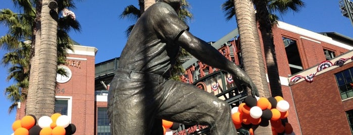 Willie Mays Statue is one of San Francisco Bay Area to-do list.