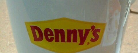 Denny's is one of Tyroneさんのお気に入りスポット.