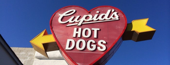 Cupid's Hot Dogs is one of Old Los Angeles Restaurants Part 1.