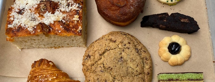 Vesuvio Bakery is one of To-Try.
