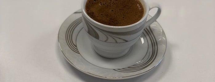 akkuş eczanesi is one of Orte, die Züleyha gefallen.