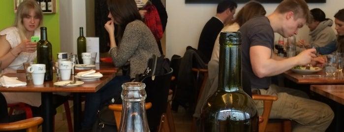 Deli Café Maya is one of Vegan & vegan-friendly Helsinki.