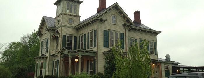 Jedediah Hawkins Inn is one of Mattituck.