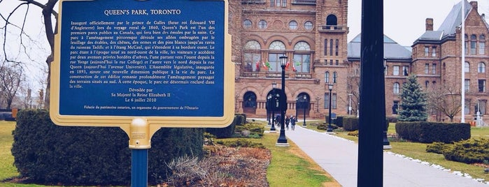 Queen's Park is one of Posti che sono piaciuti a Martin.