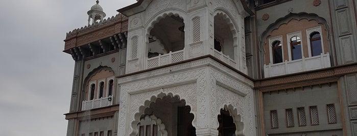 Sri Guru Nanak Darbar Gurdwara is one of Tempat yang Disukai Kunal.