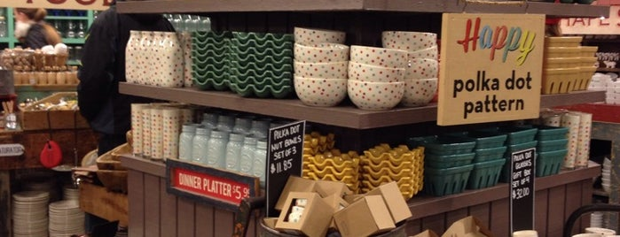 Fishs Eddy is one of New York City Home Goods 38.