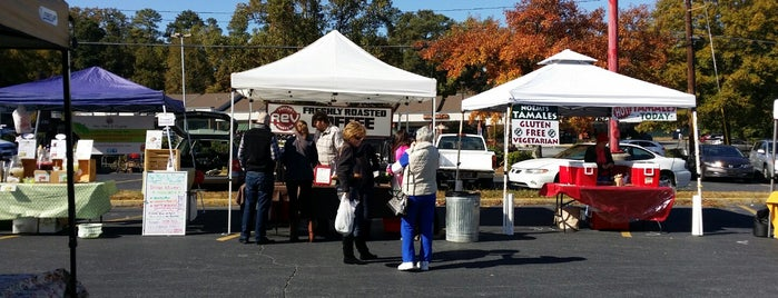 Sandy Springs Farmers Market is one of Atlanta bucket list Pt 2.