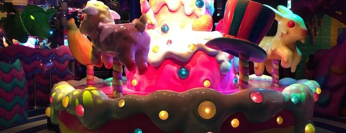 Kawaii Monster Cafe is one of Emre : понравившиеся места.