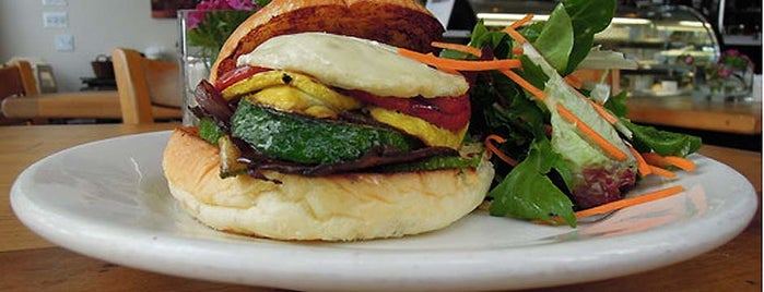 Astor Bake Shop is one of Burger Weekly Upcoming Adventures.