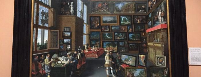 Лондонская Национальная галерея is one of Karen : понравившиеся места.