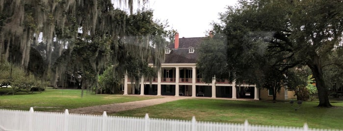 Destrehan Plantation is one of Posti che sono piaciuti a Karen.