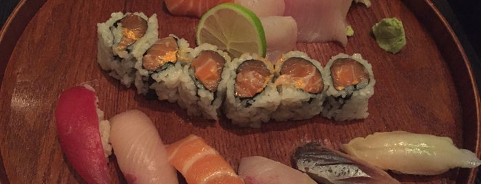 Nare Sushi is one of Lugares favoritos de Karen.