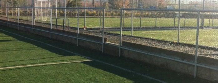Club Deportivo Lo Cañas is one of jaime 님이 좋아한 장소.