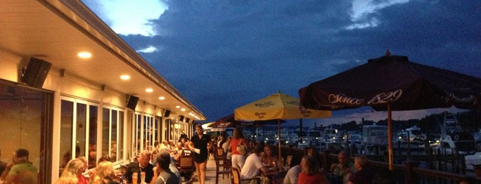 River Rock Restaurant & Marina Bar is one of Foodie NJ Shore 1.